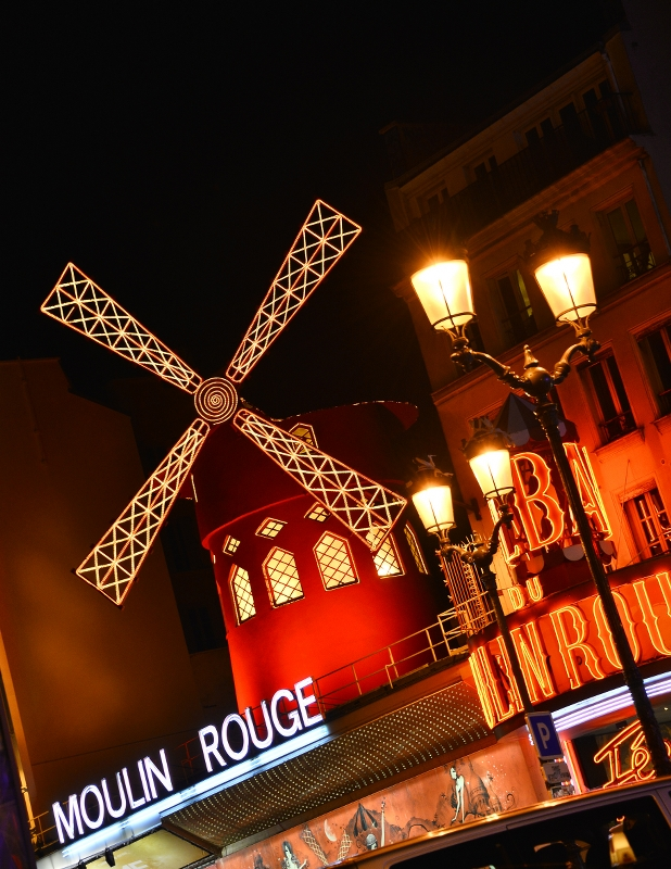 Moulin Rouge Façade . ©Moulin Rouge® - S.Bertrand