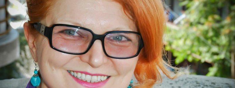 """MARIANA GORDAN: """"NEGOCIAM CONTRACTE DE MILIOANE DE LIRE, PE VREMEA CÂND TOȚI CEI PREZENȚI ERAU BĂRBAȚI BRITANICI CU EDUCAȚIE DE ELITĂ"""""""